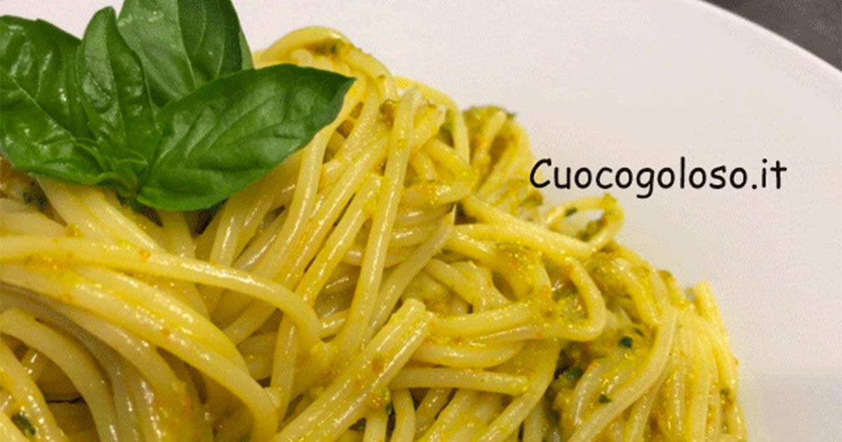 Spaghetti con Pesto di Fiori di Zucca al Profumo di Basilico