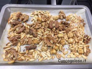 muffin-con-gelato-alla-crema-frutta-secca-e-cioccolato-300x225 Muffin al Gelato alla Crema con Frutta Secca e Cioccolato