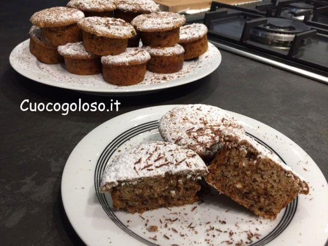 muffin-con-gelato-alla-crema-frutta-secca-e-cioccolato.7 Muffin al Gelato alla Crema con Frutta Secca e Cioccolato