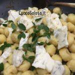 361DFF6F-754A-4E8E-A261-378C69D869C5-150x150 Gnocchi di Patate con Carciofi, Gorgonzola Dolce e Maggiorana