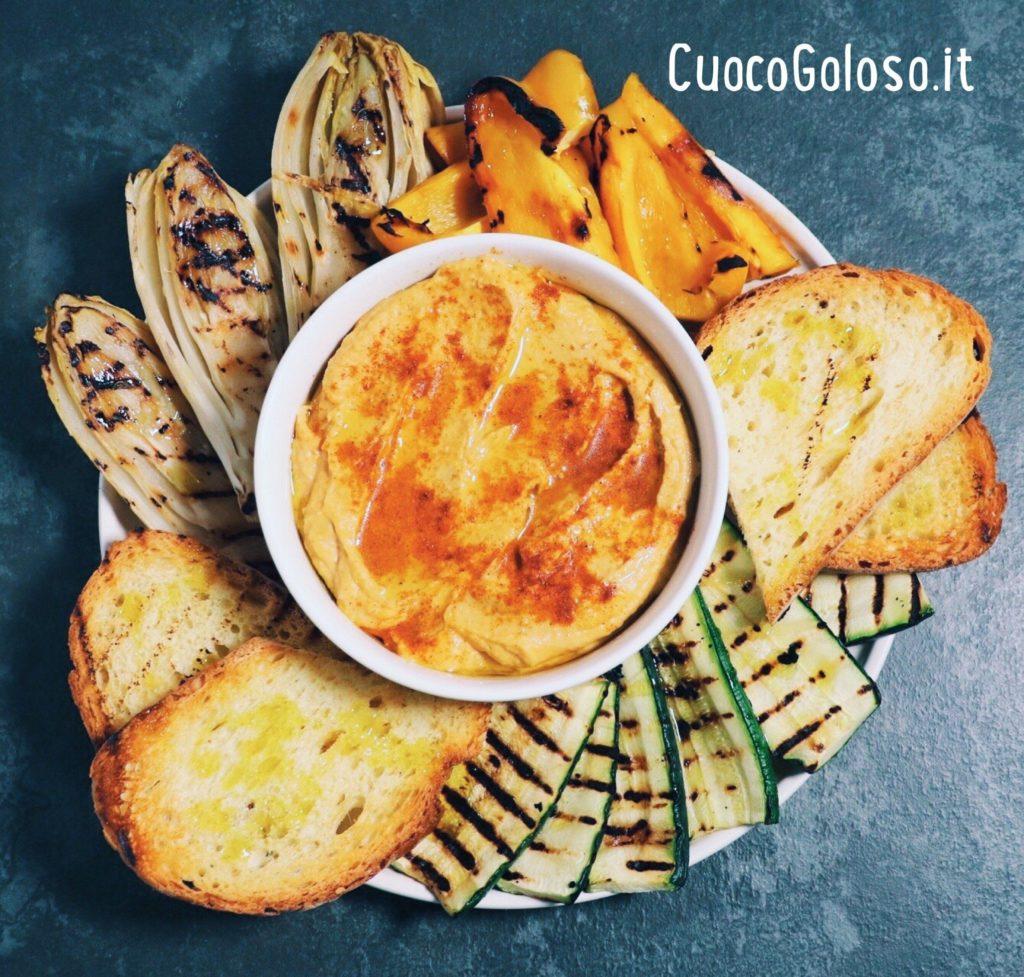 0BE31100-4796-4065-878E-0A1D8A4CA5F2-1024x977 Hummus di Ceci con Verdure grigliate e Crostoni di pane