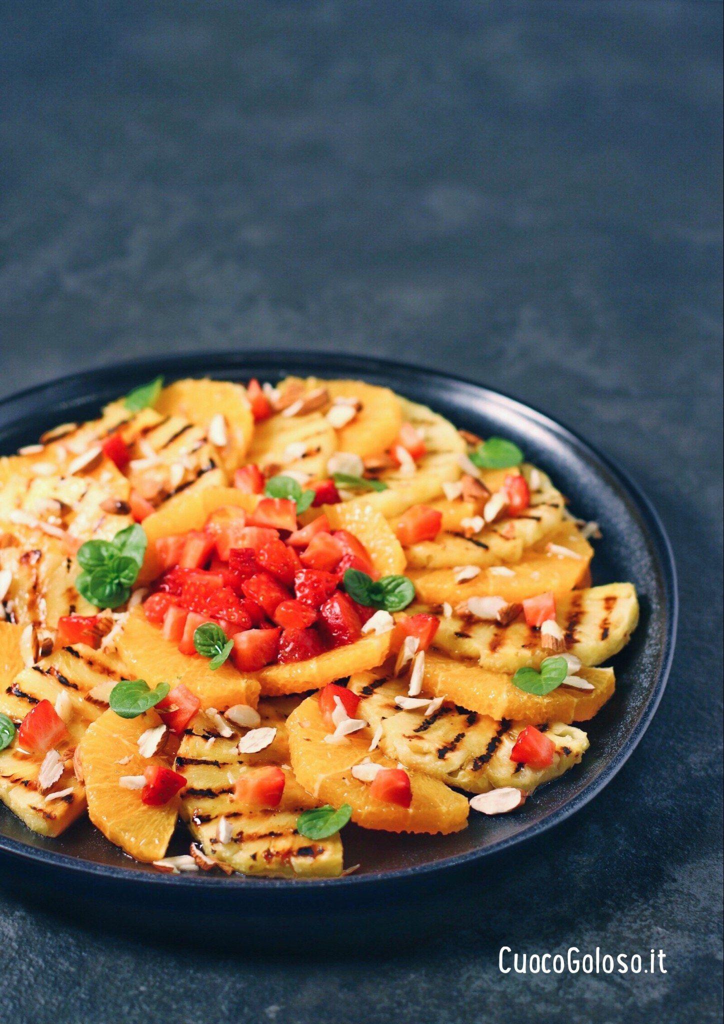 Insalata di Ananas grigliata, Arance e Fragole