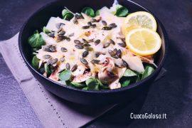 Insalata di Champignon e Soncino con Parmigiano Reggiano e Semi di Zucca