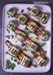IMG_0979-213x300 Involtini di Zucchine con Robiola, Pomodori Secci e Origano Fresco con Salsa ai Mirtilli