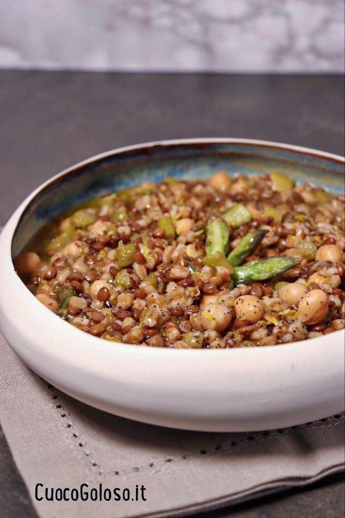 zuppa1 Zuppa di Legumi, Farro e Asparagi
