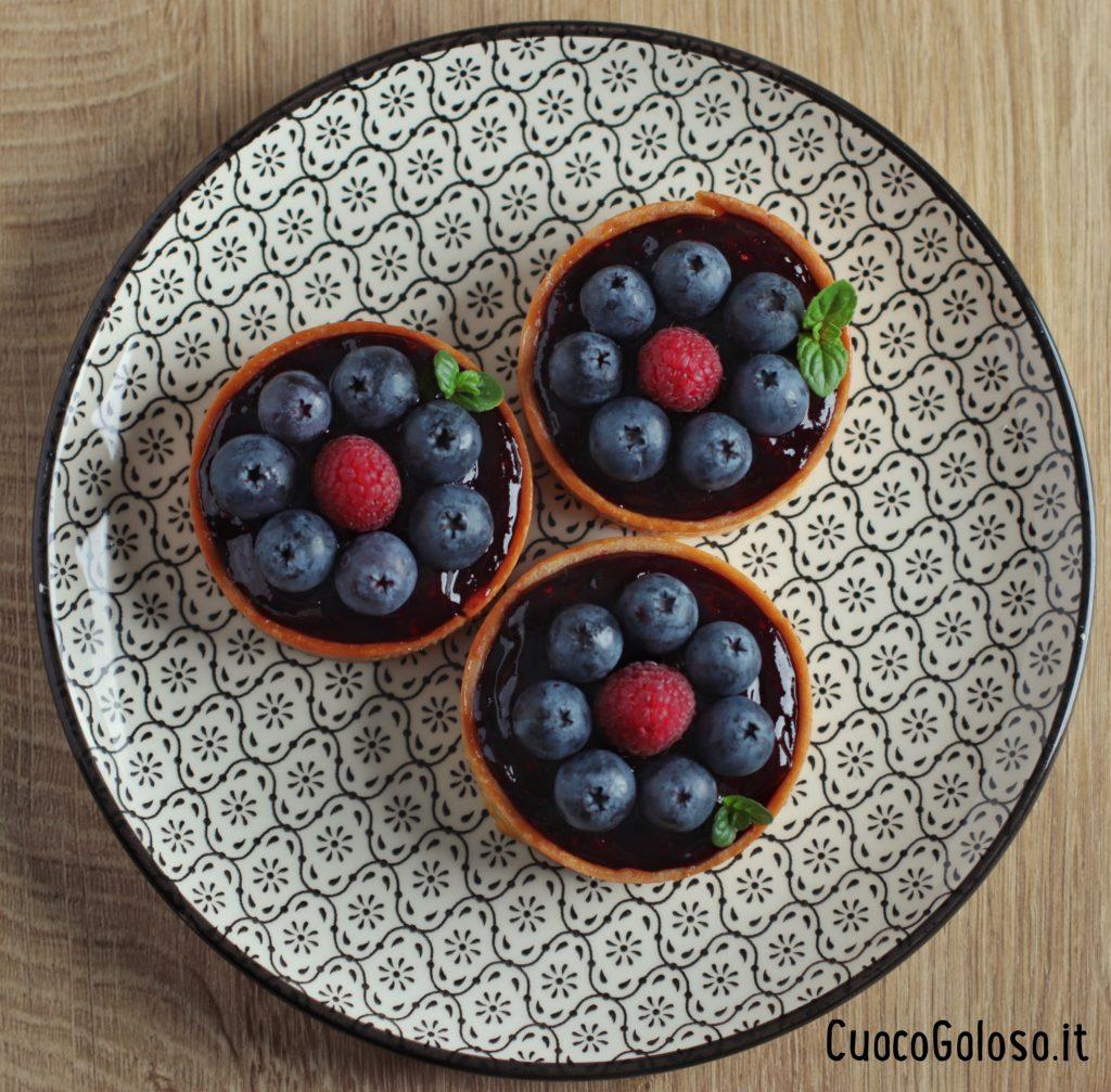 B712E47F-061B-4D57-9EEA-B507252A717D-1024x1007 Crostatine con Crema al Formaggio e Frutti di Bosco