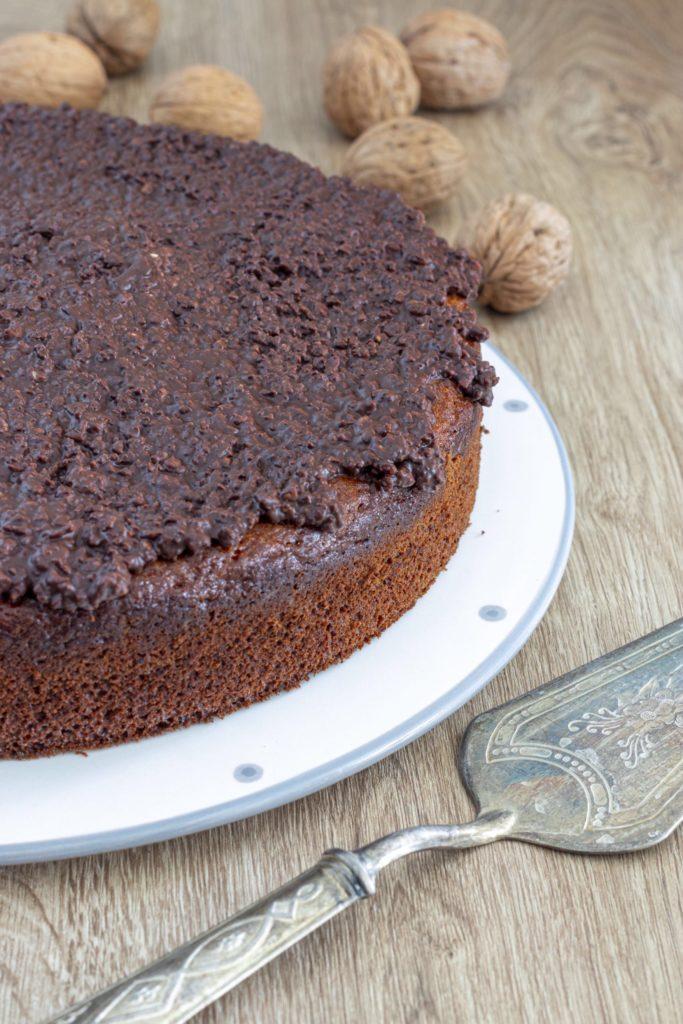 IMG_5041-scaled-683x1024 Torta con Stracchino, Noci e Glassa Croccante al Cioccolato