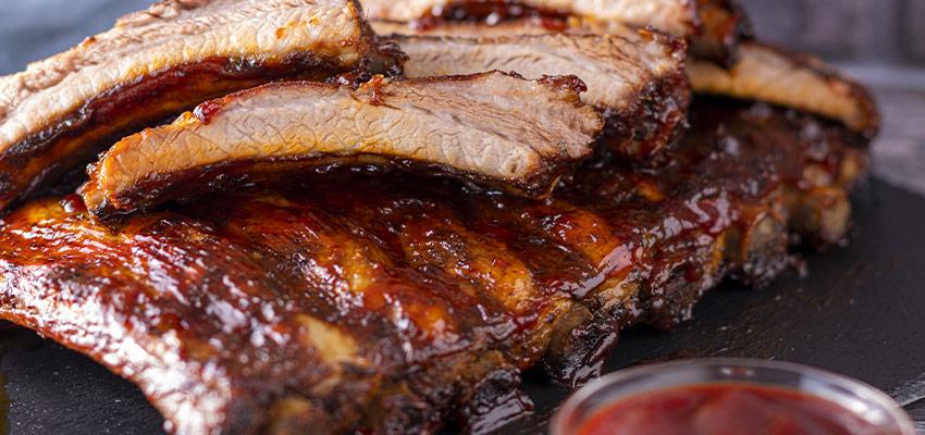 BLOG-2-3 Costine di Maiale BBQ al Forno con Salsa Barbecue, ricetta facile, passo passo.