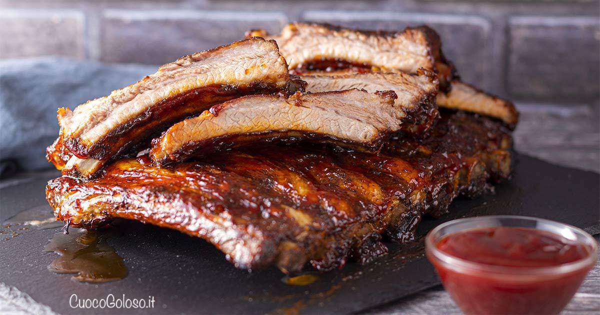 Costine di Maiale BBQ al Forno con Salsa Barbecue