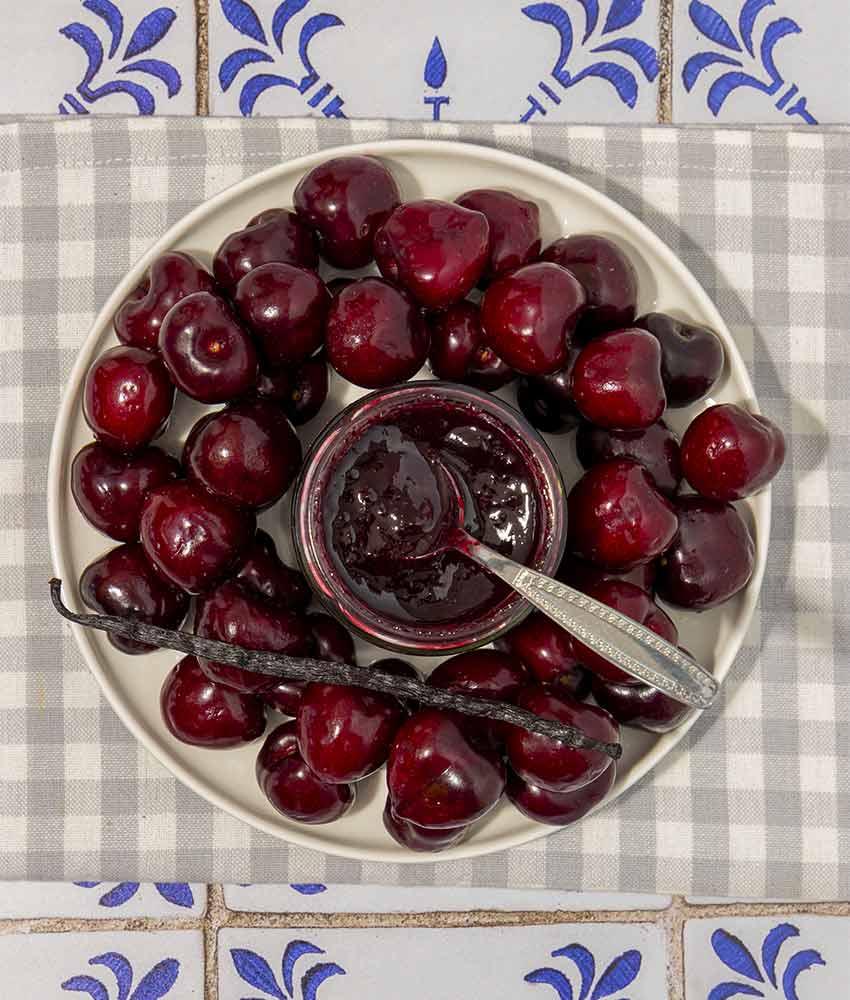 marmellata-di-ciliegie-1 Confettura di Ciliegie e Vaniglia